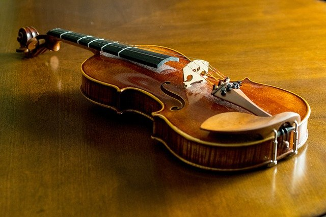 WHY YOU SHOULD PURCHASE SECOND-HAND MUSIC INSTRUMENTS