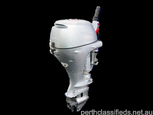 For sale Mercury/Tohatsu 40 hp Boat motor - 1