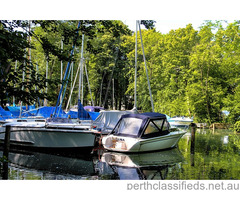 Sailing boat 'Spitfire 475' with trailer for sale